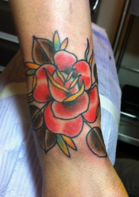 traditional_rose_tattoo_by_tattoosbydanh-d68g1si